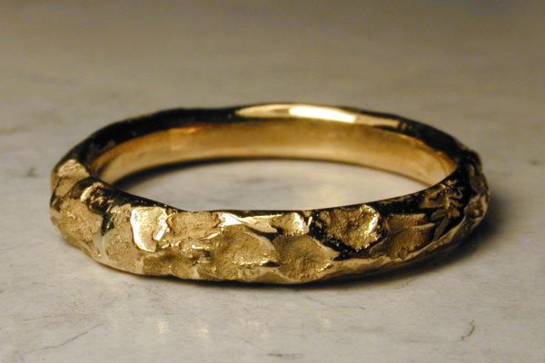 alliance originale or brut mariage medieval Compagnon du soir