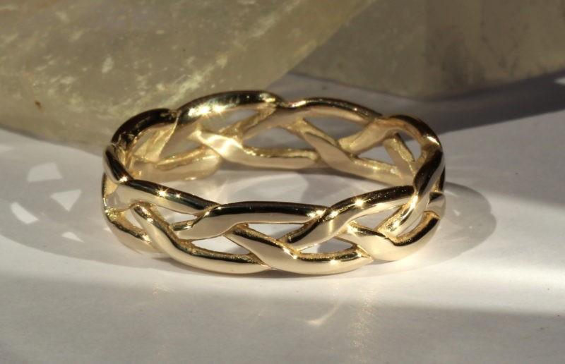 Inconditionnalité de l'amour alliance artisanale mariage medieval2
