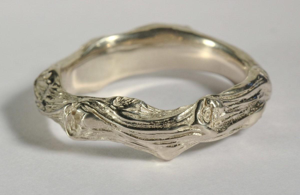 """Sarment de cœur """"Version simple"""" - Alliance mariage originale artisanale en or blanc"""
